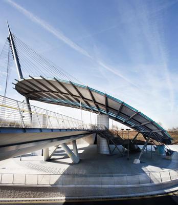 3-metrolink-gateway-manchester-england