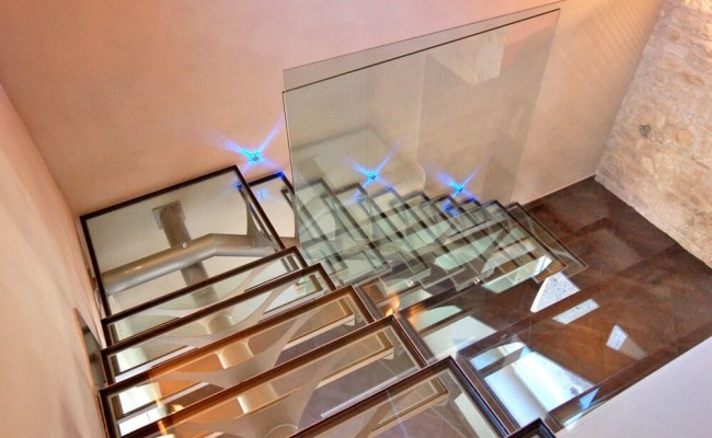 escada-com-tudo-central-ferro-e-vidro3